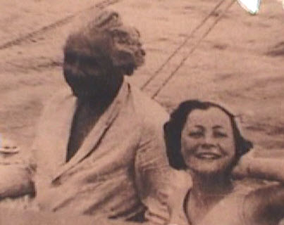 Sailing with Einstein
